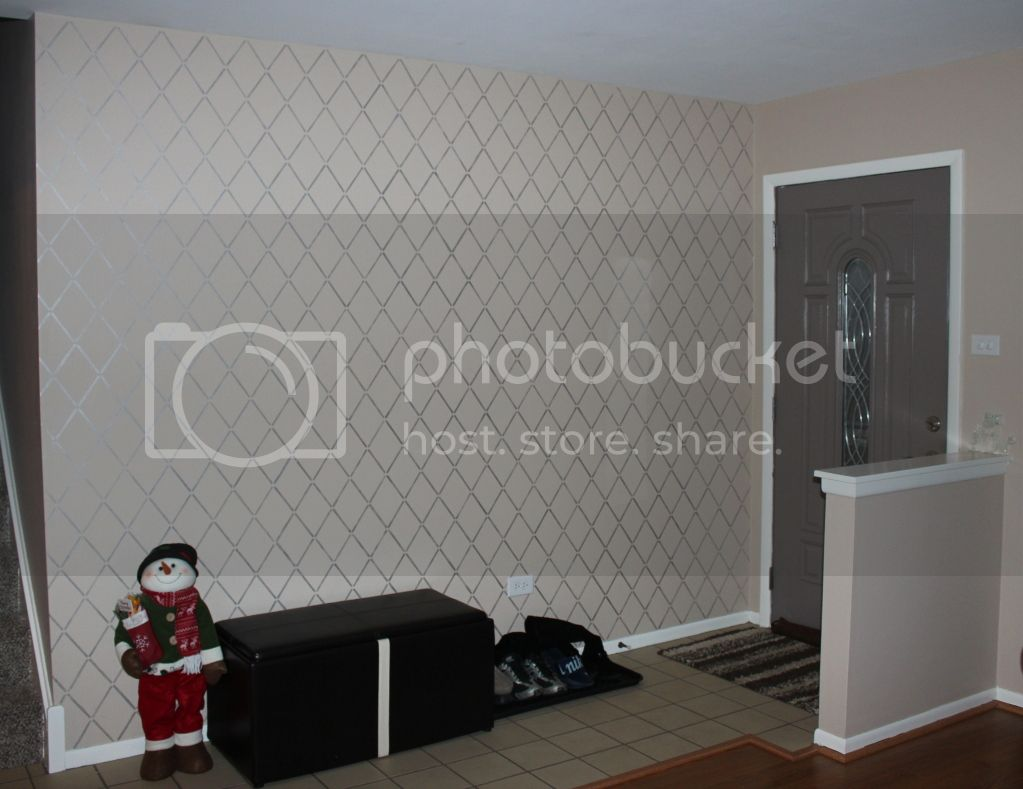 Harlequin Trellis Allover Stencil w/ metallic paint